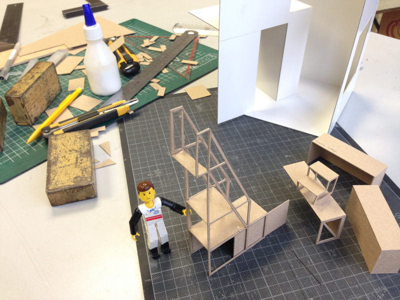 Kast In Trap : Archive trap kast bureau